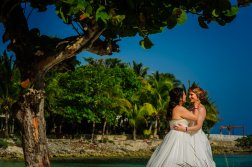 elsa&nicole-same-sex-wedding-akumal-by-luzmaria-avila-21