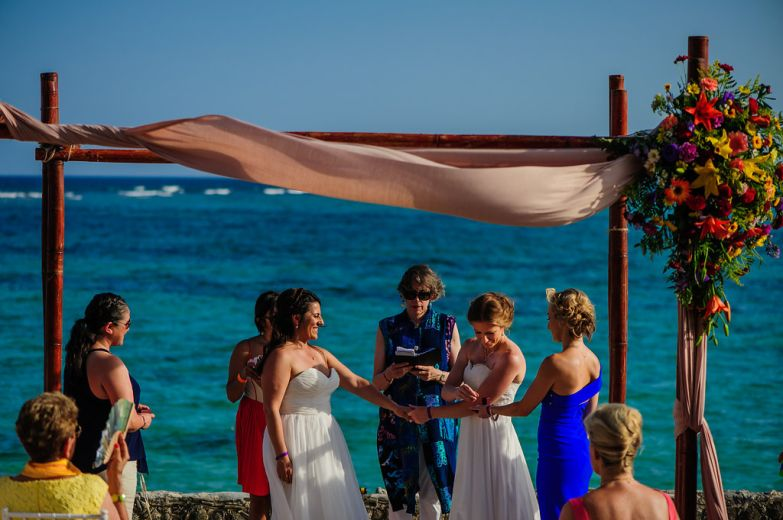 elsa&nicole-same-sex-wedding-akumal-by-luzmaria-avila-215