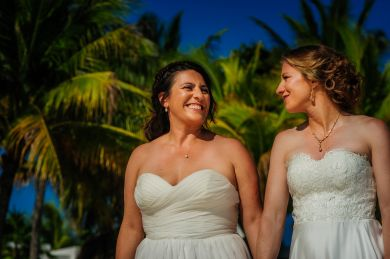 elsa&nicole-same-sex-wedding-akumal-by-luzmaria-avila-30