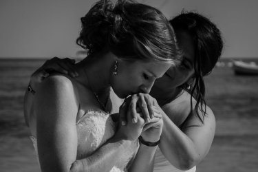 elsa&nicole-same-sex-wedding-akumal-by-luzmaria-avila-44
