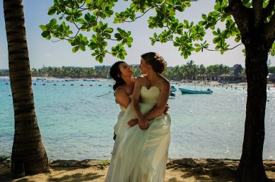 elsa&nicole-same-sex-wedding-akumal-by-luzmaria-avila-53